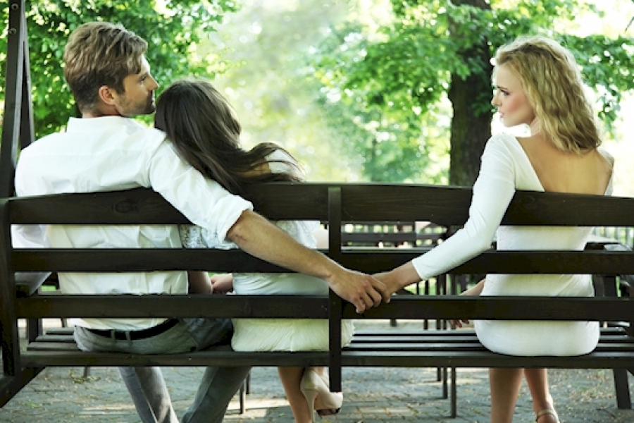 11 λόγοι που οι άνθρωποι απατούν αυτούς που αγαπούν 32