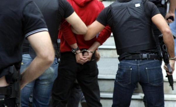 Συνελήφθη 19χρονος για κλοπές σε οχήματα και οικίες στη Μεσσηνία 11