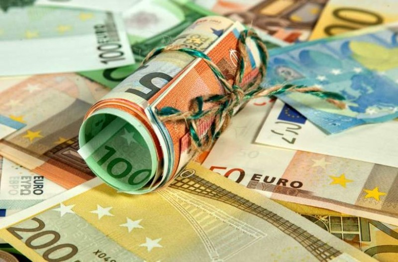 Εκατομμύρια Έλληνες θα πάρουν από 300 έως 1.4000 ευρώ! 22