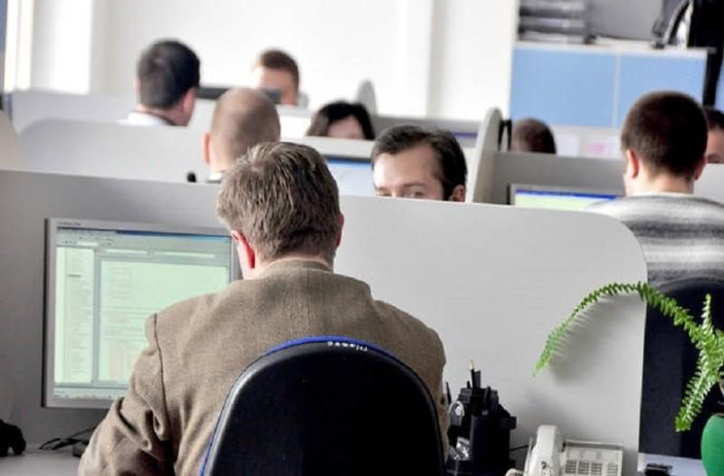 Σας αφορά: Έρχονται 5.500 θέσεις εργασίας σε υπουργεία για νέους πτυχιούχους άνεργους 12