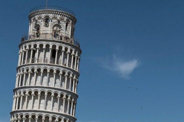 Ο Πύργος της Πίζας ισιώνει 5