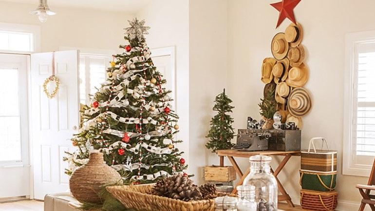 Ιδέες για το πώς να στολίσετε εφέτος το χριστουγεννιάτικο δέντρο σας 1