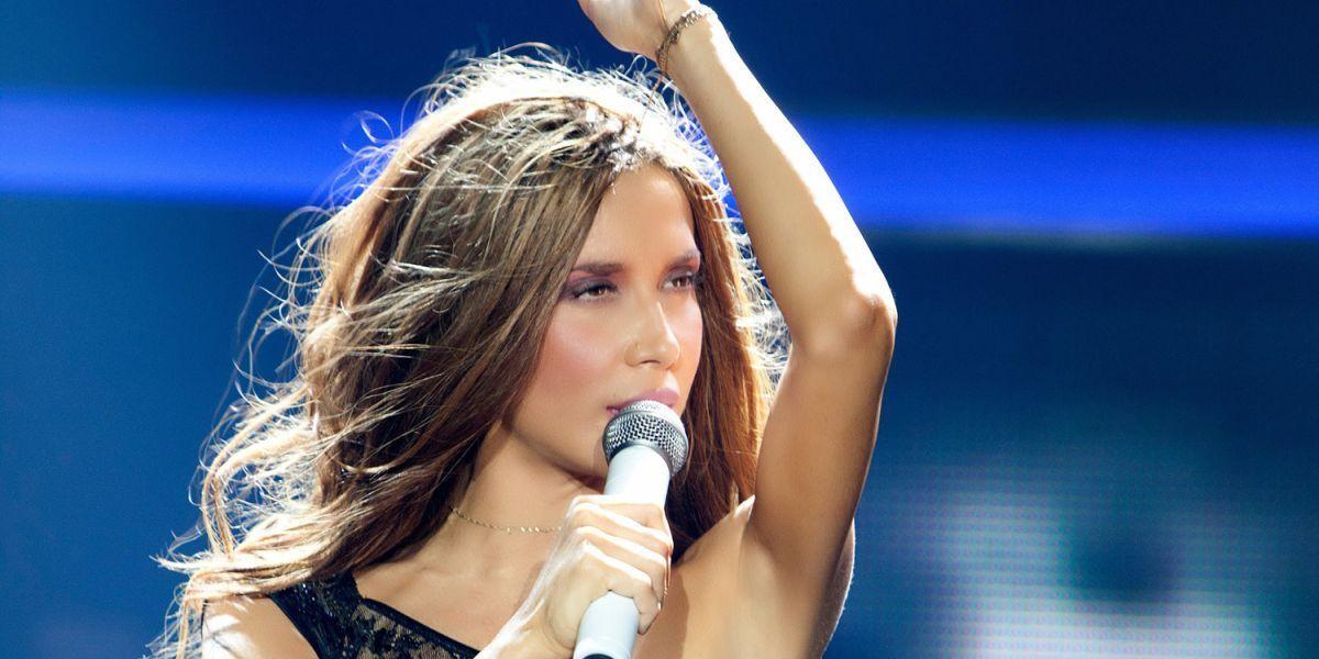 Βίντεο: Η Πάολα πιο σέξι από ποτέ στην πρεμιέρα της 5