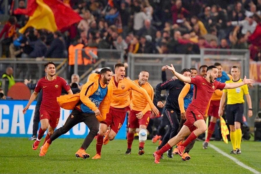 Διάκριση για τον Μανωλά, υποψήφιος για την 11άδα της χρονιάς από την UEFA 1