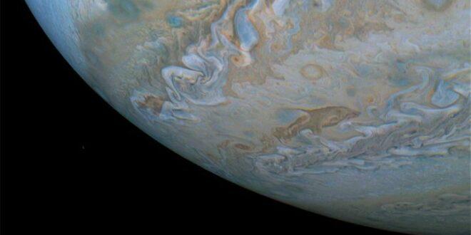 Εντυπωσιακές φωτογραφίες του πλανήτη Δία από το Juno