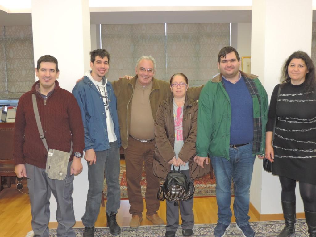 Τα κάλαντα είπαν παιδιά του ΚΕΦΙΑΠ στον Αντιδήμαρχο Καλαμάτας Γιάννη Μπάκα 12