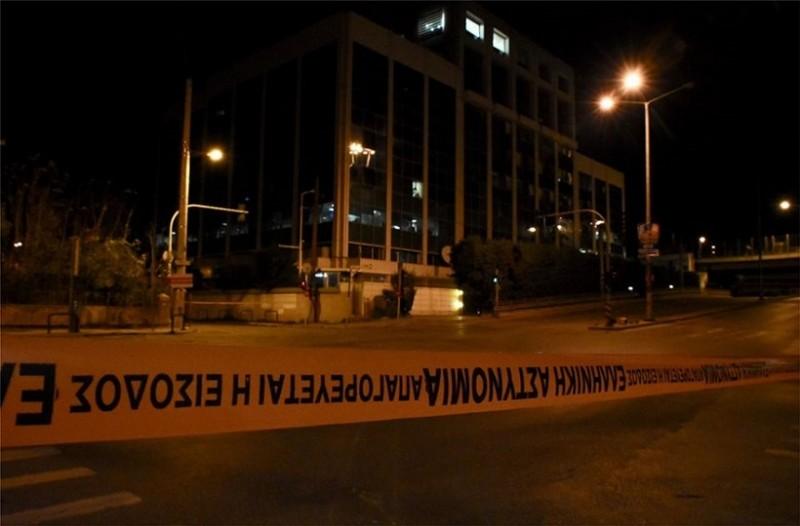 Έκρηξη βόμβας στον τηλεοπτικό σταθμό ΣΚΑΪ! (Photos & Video) 27
