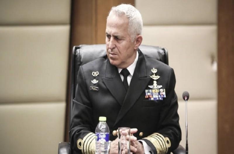 Ευάγγελος Αποστολάκης: Ποιος είναι ο νέος υπουργός Εθνικής Άμυνας; 12