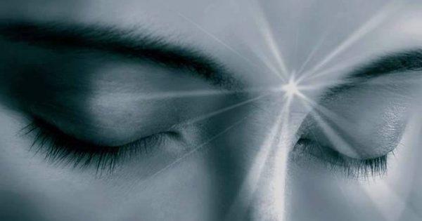 Ξυπνάτε συχνά στις τρεις με πέντε τα ξημερώματα; Αυτό μπορεί να είναι ένδειξη πνευματικής αφύπνισης 11
