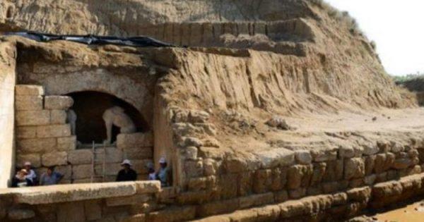 Βόμβα στην Αμφίπολη: Ο Τάφος Ανήκει στον Μέγα Αλέξανδρο και το γνώριζαν από την αρχή 6
