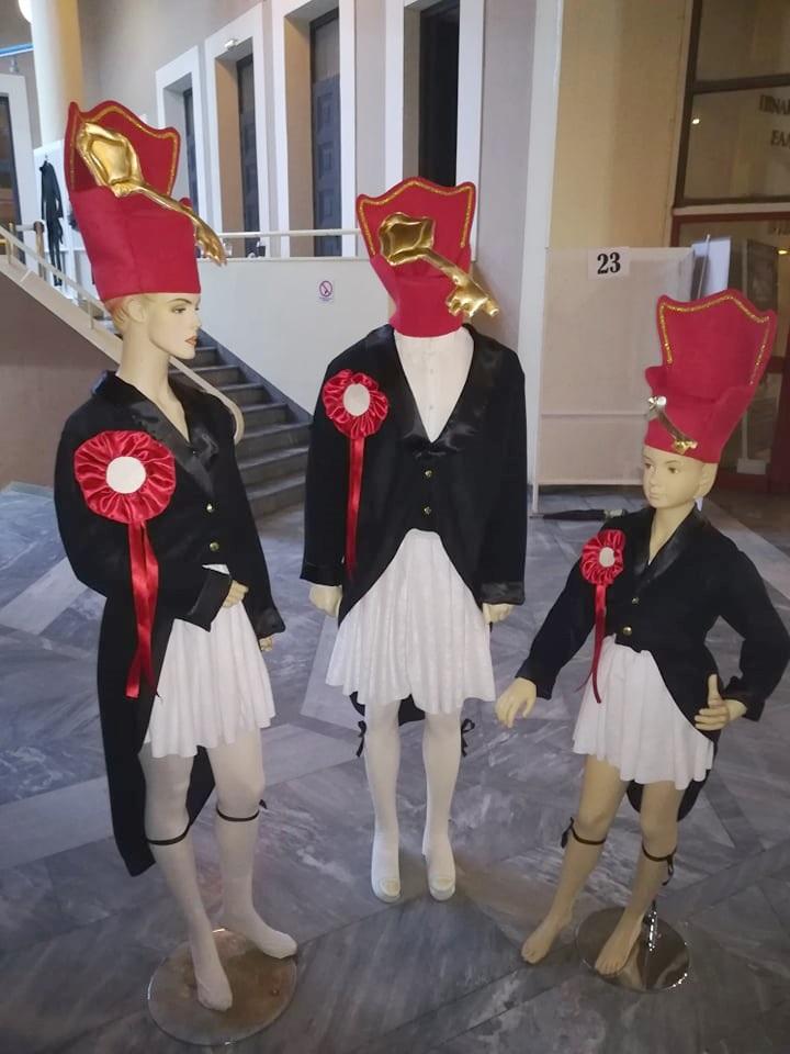 Όλες οι στολές και τα γκρουπ από το 7ο Καλαματιανό καρναβάλι 70