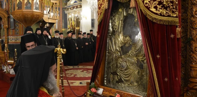 Με λαμπρότητα τελέσθηκε ο Εσπερινός Αποδόσεως εορτασμού της Υπαπαντής του Χριστού στην Καλαμάτα. 10