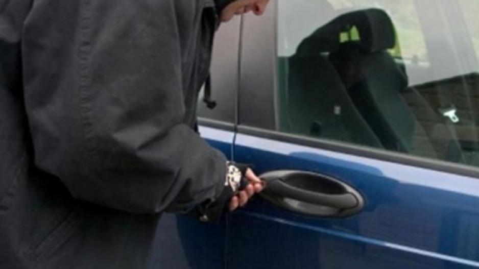 Συνελήφθη 34χρονος για κλοπές - διαρρήξεις σε οχήματα στη Μάνη 1