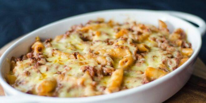 Δοκίμασε την πιο τέλεια συνταγή για μακαρόνια γκρατέν με 4 τυριά