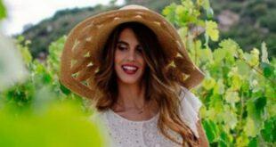 Η γοητευτική κόρη του Γιώργου Παπανδρέου ζει μόνιμα στην Κρήτη