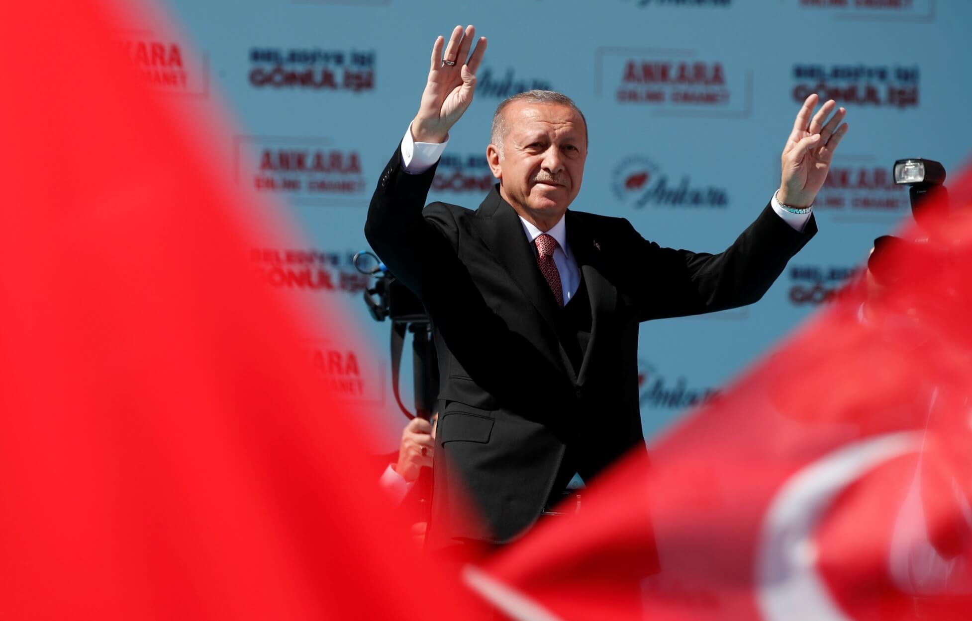 Τουρκία: Εκλογές αύριο με την οικονομία στο επίκεντρο – Απειλεί θεούς και δαίμονες ο Ερντογάν. 1