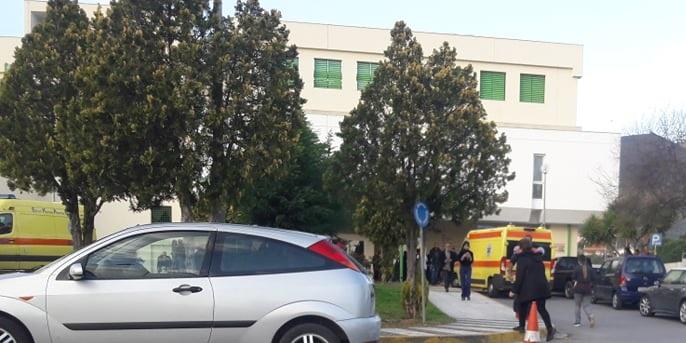 Σοκ! Δίχρονο αγοράκι έπεσε από αυτοκίνητο εν κίνησή στη Μεσσηνία... σοβαρά τραυματισμένο!