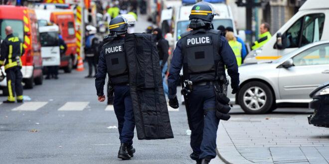 Τραγικό: Αστυνομικοί έπαιζαν… το πιο γρήγορο πιστόλι και πυροβολήθηκαν – Ένας νεκρός