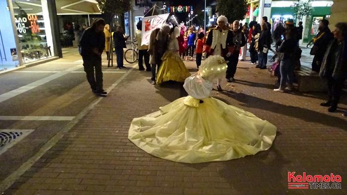 Φωτογραφίες και βίντεο από Νυχτερινή Παρέλαση του 7ου Καλαματιανού Καρναβαλιού 2019 3