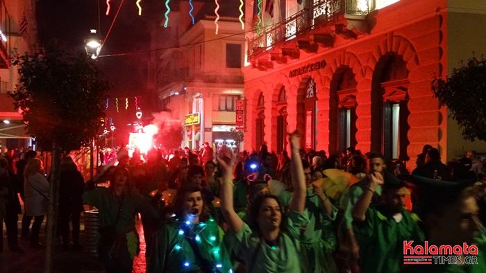 Φωτογραφίες και βίντεο από Νυχτερινή Παρέλαση του 7ου Καλαματιανού Καρναβαλιού 2019 6