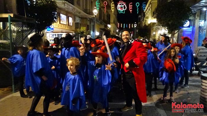 Φωτογραφίες και βίντεο από Νυχτερινή Παρέλαση του 7ου Καλαματιανού Καρναβαλιού 2019 8