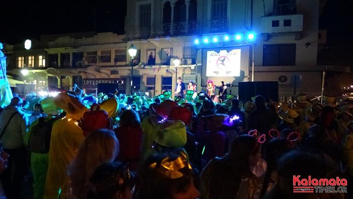 Φωτογραφίες και βίντεο από Νυχτερινή Παρέλαση του 7ου Καλαματιανού Καρναβαλιού 2019 9