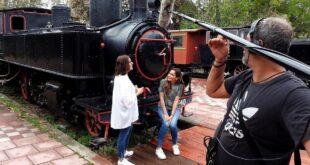 Η Δέσποινα Βανδή μας ξεναγεί στην Καλαμάτα αυτή την Κυριακή