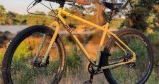 Ταξίδευε με ποδήλατο από την Ολλανδία στην Ινδία αλλά του το έκλεψαν στην Θεσσαλονίκη!