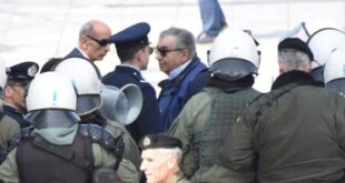 Συλλήψεις πολιτών για την Συμφωνία των Πρεσπών στην παρέλαση της Αθήνας