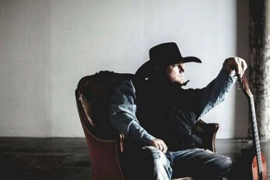 Σοκ: Νεκρός ο τραγουδιστής Τζάστιν Κάρτερ 19