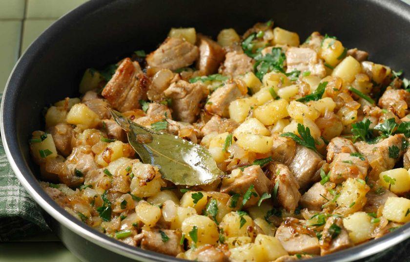 Τηγανιά με χοιρινό, πατάτες και θυμάρι 5