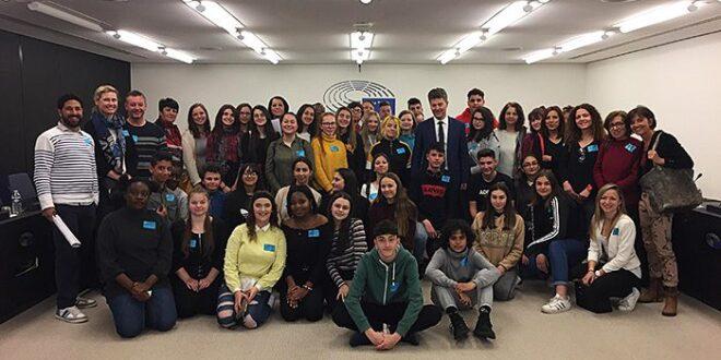 Το 3ο Γυμνάσιο Καλαμάτας στο Ευρωκοινοβούλιο με το Erasmus+