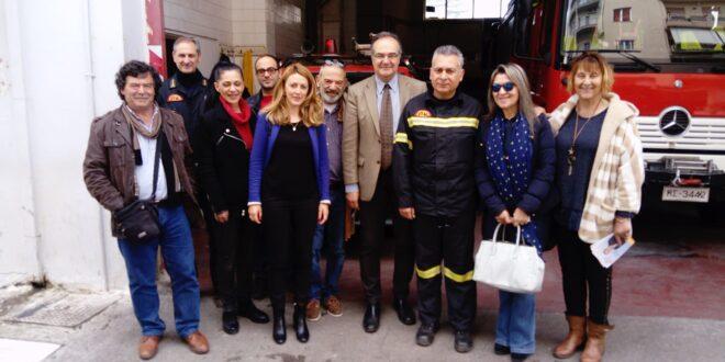 Σε Αστυνομία και Πυροσβεστική ο Βασίλης Κοσμόπουλος