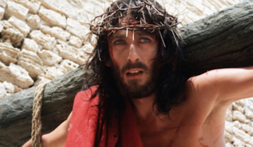 «Ο Ιησούς από τη Ναζαρέτ»: Ο Τζεφιρέλι περιγράφει συγκλονιστική στιγμή από τη σταύρωση 1
