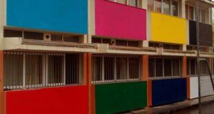 Στο 13ο δημοτικό σχολείο Καλαμάτας χρωματίζουν και αφήνουν τις ωραίες ζωγραφιές
