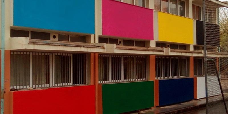 Στο 13ο δημοτικό σχολείο Καλαμάτας χρωματίζουν και αφήνουν τις ωραίες ζωγραφιές 2