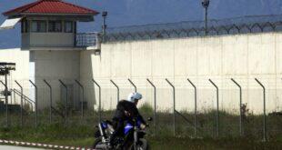 Νεκρός κρατούμενος λίγο πριν αποφυλακιστεί – Ξυλοκοπήθηκε μέχρι θανάτου