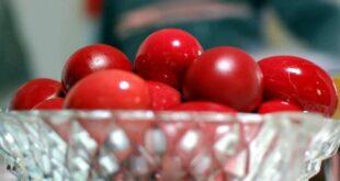 Προσοχή με τα πασχαλινά αυγά: Πόσο διαρκούν εκτός ψυγείου