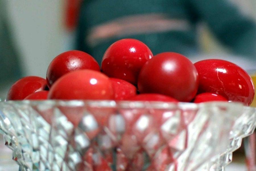 Προσοχή με τα πασχαλινά αυγά: Πόσο διαρκούν εκτός ψυγείου 7