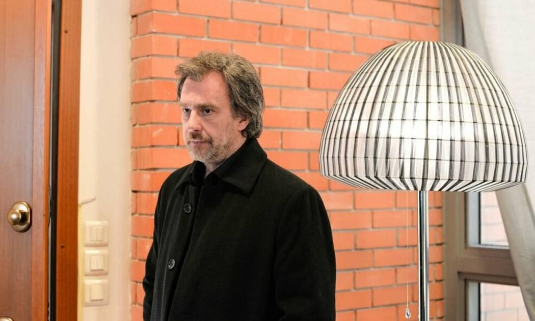 Η επιστροφή: Ο Γιάνναρης ανακαλύπτει ένα ένοχο μυστικό στο σπίτι του Ζερβού 10