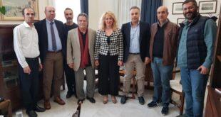 Αντωνία Μπούζα: Στον Πρόεδρο του Επιμελητηρίου για ευχές και χρόνια πολλά