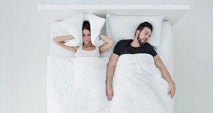 10 τρόποι για να καταφέρεις να κοιμηθείς όταν ο σύντροφος σου ροχαλίζει