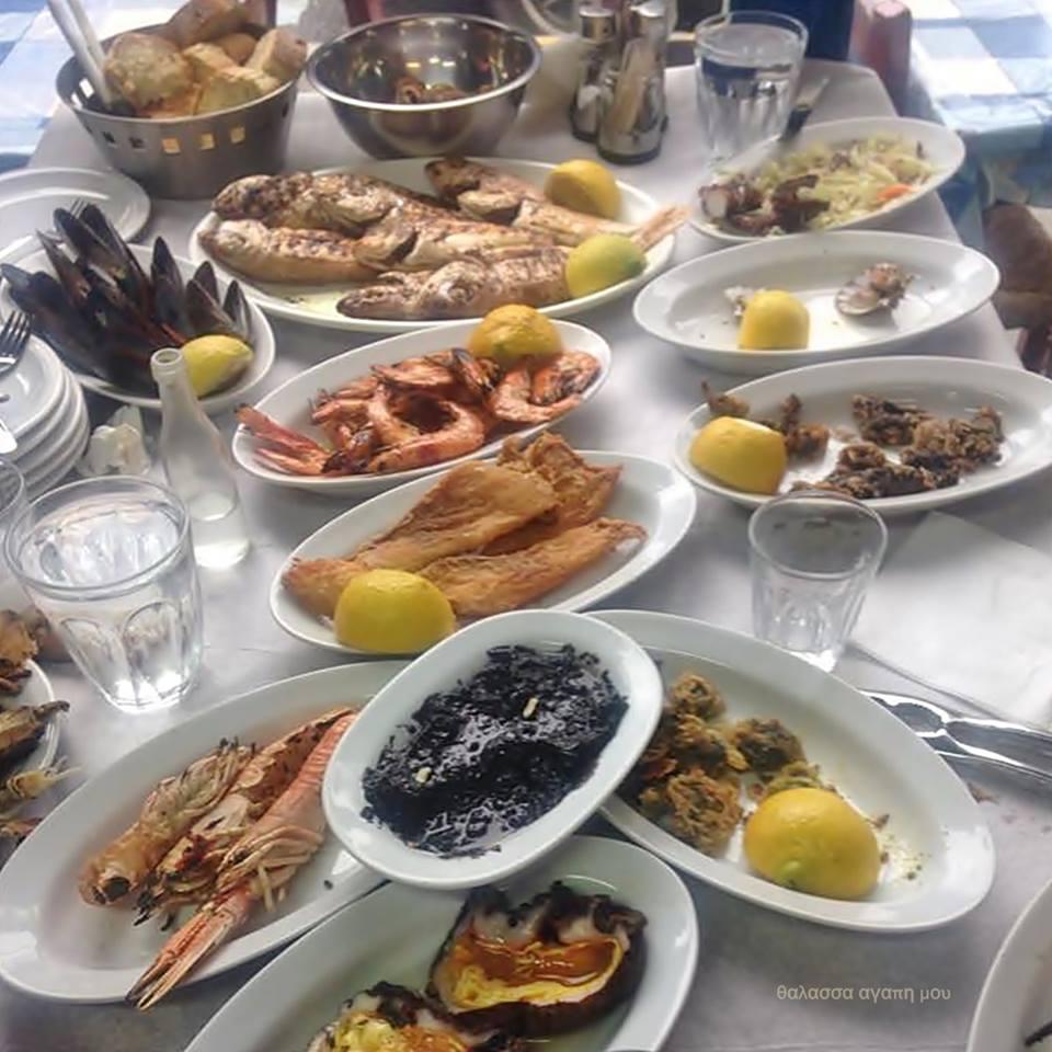 Κυριακή των βαϊων για θαλασσινά και ουζάκι Αριστοτέλειο 3