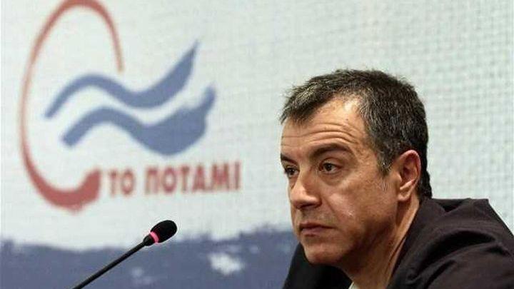 """Ο Σταύρος Θεοδωράκης με το βαν του """"Ποταμιού"""" αύριο Παρασκευή στην Καλαμάτα"""