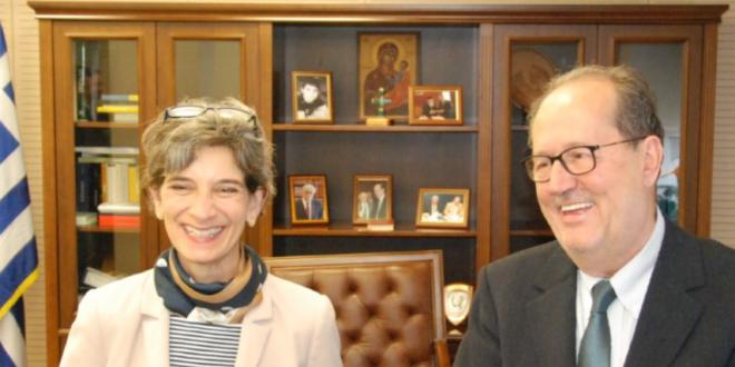 Επίσκεψη της Πρέσβειρας της Μεγάλης Βρετανίας στο Δημαρχείο