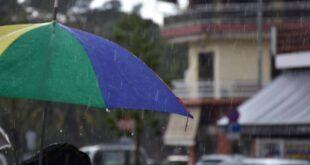 Καιρός: Ανεβαίνει η θερμοκρασία την Κυριακή – Πού θα χρειαστείτε ομπρέλα