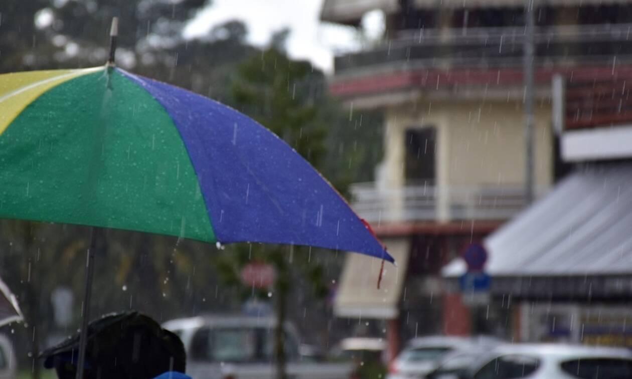 Καιρός: Ανεβαίνει η θερμοκρασία την Κυριακή – Πού θα χρειαστείτε ομπρέλα 1