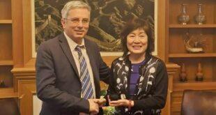 Συνάντηση Μανώλη Μάκαρη με την Πρέσβειρα της Κίνας