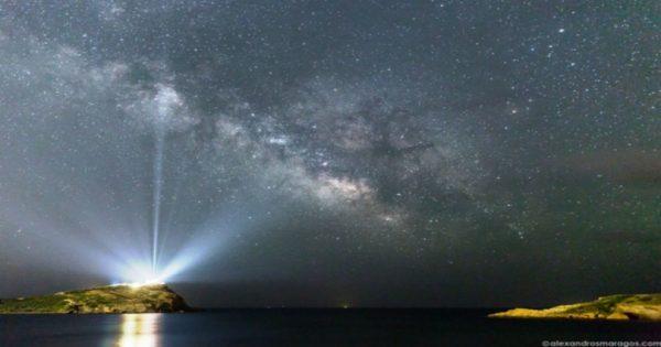 Η εκθαμβωτική φωτογραφία της NASA που ο ναός του Σουνίου «φωτίζει» όλο τον Γαλαξία 6