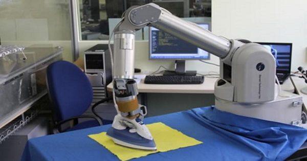 Έρχεται ρομπότ που θα σιδερώνει τα ρούχα και κάθε νοικοκυρά θα το ερωτευτεί 1